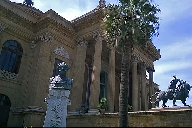 Teatro-Massimo-Sizilien-1