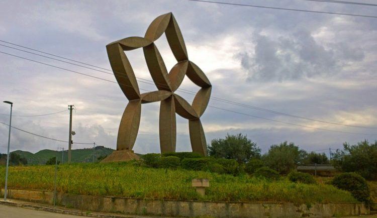 Kunstwerke im Öffentlichen Raum in Gibellina Nouva.